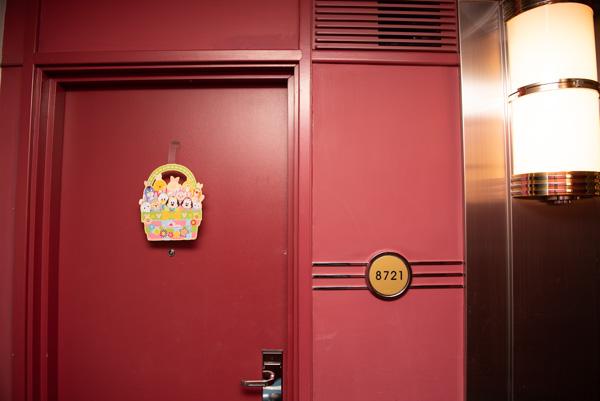 ハリウッドホテルのドア