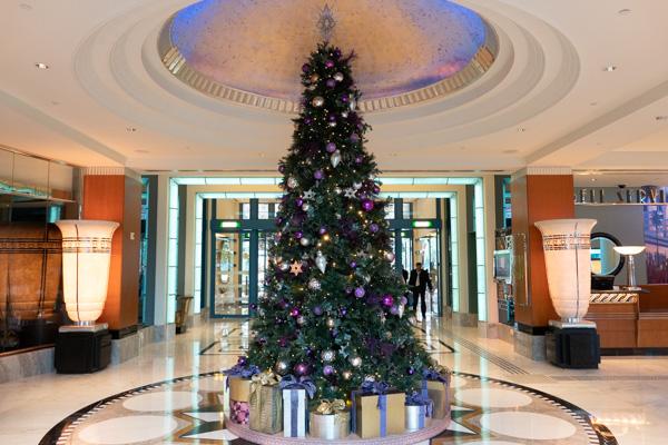 ハリウッド・ホテルのクリスマスツリー